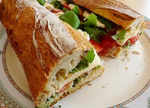 Ciabatta – idealne pieczywo do smakowitych kanapek